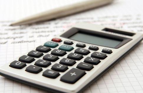 calculator-and-pen