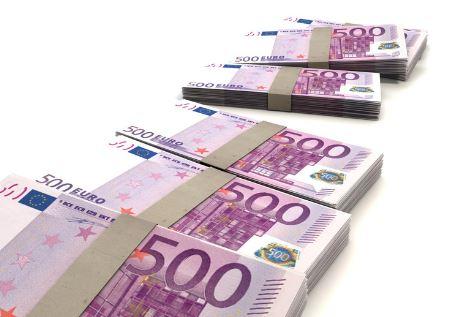 five-hundred-eruro-bills