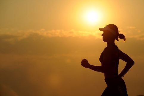 woman-jogging-at-dawn