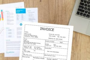 invoice-on-the-desk